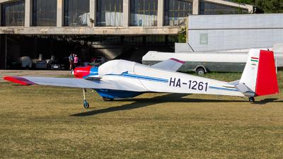 HA-1261 - Scheibe SF.25C Falke - Private