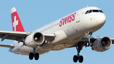 HB-JLR - Airbus A320-214 - Swiss