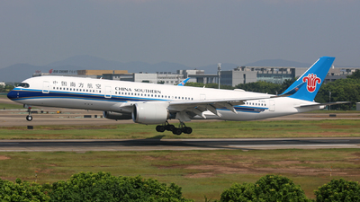 B-30AL - Airbus A350-941 - China Southern Airlines