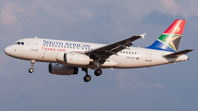 ZS-SFI - Airbus A319-131 - South African Airways