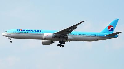 HL8275 - Boeing 777-3B5ER - Korean Air