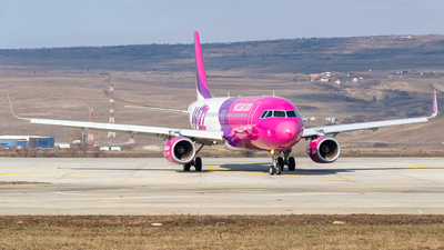 HA-LYJ - Airbus A320-232 - Wizz Air