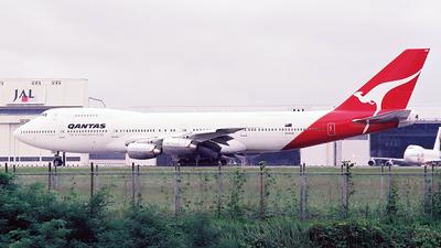 VH-ECB - Boeing 747-238B(M) - Qantas