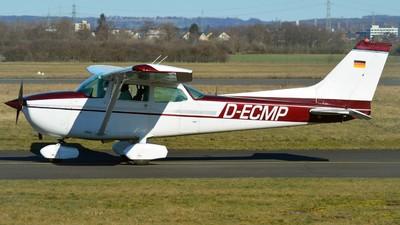 A picture of DECMP - Cessna 172S - [] - © Alex Herbort