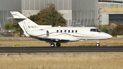 G-SCPJ - Hawker Beechcraft 900XP - Saxon Air