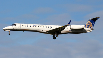 N11121 - Embraer ERJ-145XR - United Express (Trans States Airlines)