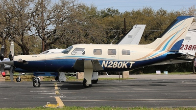 N280KT - Piper PA-46-350P Malibu Mirage - Private