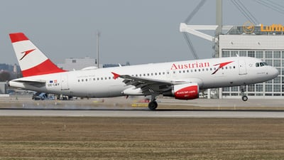 OE-LBY - Airbus A320-214 - Austrian Airlines