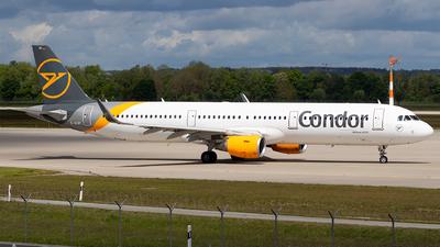 A picture of DAIAI - Airbus A321211 - Condor - © Moritz Babl