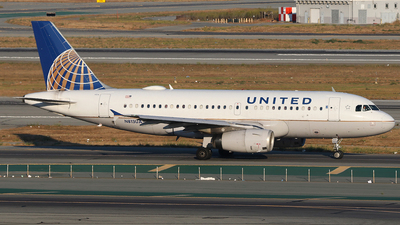 A picture of N813UA - Airbus A319131 - United Airlines - © SEN BAI