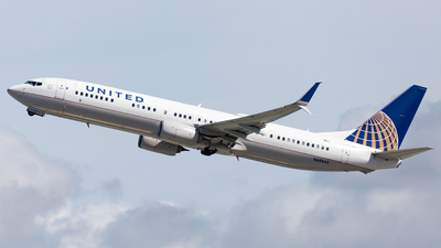 N68843 - Boeing 737-924ER - United Airlines