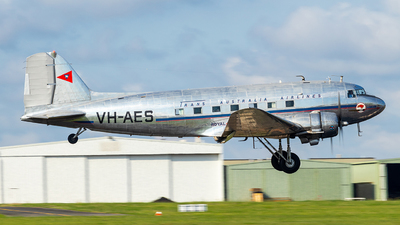 VH-AES - Douglas DC-3C - Private