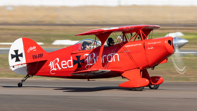 VH-FFF - Pitts S-2A Special - Private