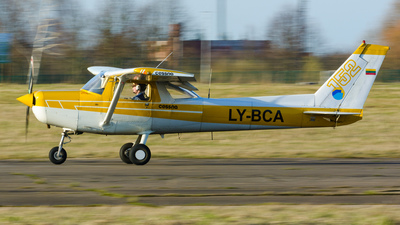 LY-BCA - Cessna 152 - Private