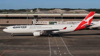 VH-QPA - Airbus A330-303 - Qantas