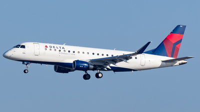 A picture of N262SY - Embraer E175LR - Delta Air Lines - © Ricky Teteris
