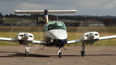 G-GDMW - Beechcraft 76 Duchess - Bournemouth Commercial Flight Training