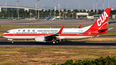 B-1426 - Boeing 737-89P - China United Airlines
