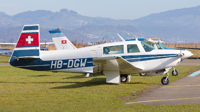 HB-DGW - Mooney M20J - Private