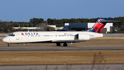 N944AT - Boeing 717-2BD - Delta Air Lines