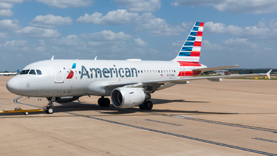 A picture of N770UW - Airbus A319112 - American Airlines - © Sweet Potato