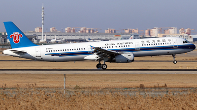 B-6580 - Airbus A321-231 - China Southern Airlines