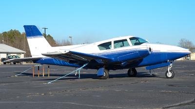N7186Y - Piper PA-30-160 Twin Comanche - Private