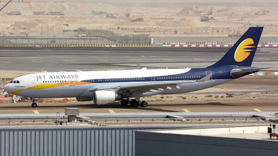 A6-EYC - Airbus A330-202 - Jet Airways