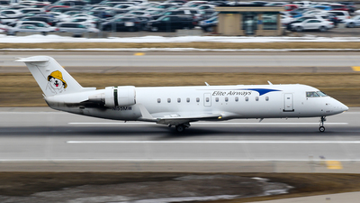 N155MW - Bombardier CRJ-200LR - Elite Airways
