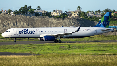 A picture of N990JL - Airbus A321231 - JetBlue Airways - © Che Stuart