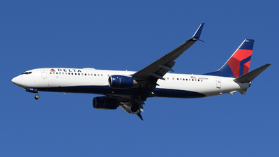 A picture of N832DN - Boeing 737932(ER) - Delta Air Lines - © DJ Reed - OPShots Photo Team
