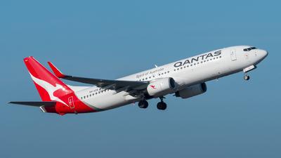 VH-VZR - Boeing 737-838 - Qantas