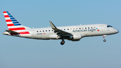 A picture of N251NN - Embraer E175LR - American Airlines - © Kevin Cargo