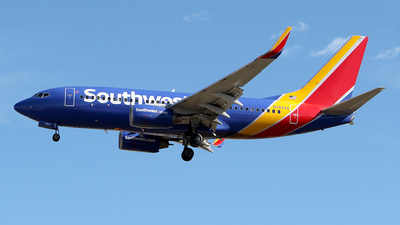 N7824A - Boeing 737-7BK - Southwest Airlines