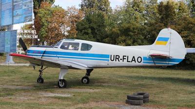 UR-FLAO - Yakovlev Yak-18T - Untitled