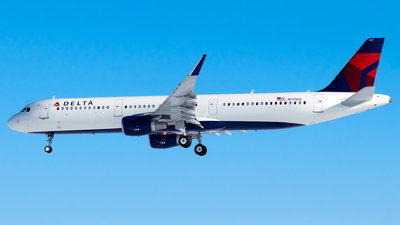 A picture of N117DX - Airbus A321211 - Delta Air Lines - © Steve Rinde