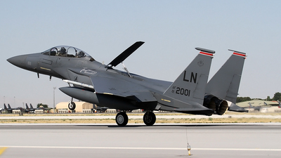 01-2001 - Boeing F-15E Strike Eagle - United States - US Air Force (USAF)