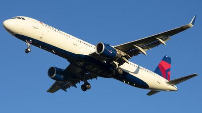 N316DN - Airbus A321-211 - Delta Air Lines