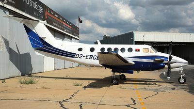 D2-EBG - Beechcraft 200 Super King Air - Private