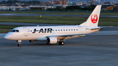 JA213J - Embraer 170-100STD - J-Air