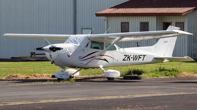 ZK-WFT - Cessna 172N Skyhawk II - Private