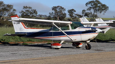 A picture of VHUMD - Cessna R172K Hawk XP - [R1722195] - © Brenden