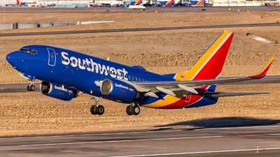 A picture of N203WN - Boeing 7377H4 - Southwest Airlines - © HA-KLS