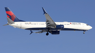 N922DZ - Boeing 737-932ER - Delta Air Lines