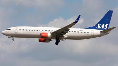 LN-RGH - Boeing 737-86N - Scandinavian Airlines (SAS)