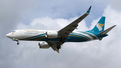 A picture of A4OMC - Boeing 737 MAX 8 - Oman Air - © Joe G. Walker