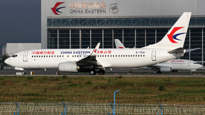 B-7591 - Boeing 737-89P - China Eastern Airlines