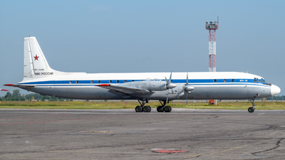 RF-75496 - Ilyushin IL-18D - Russia - Air Force
