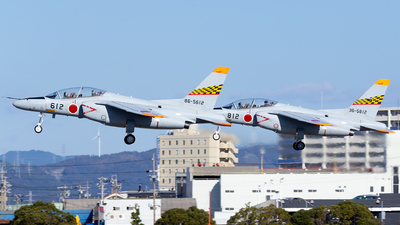 86-5612 - Kawasaki T-4 - Japan - Air Self Defence Force (JASDF)
