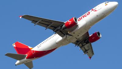 N451AV - Airbus A320-214 - Avianca